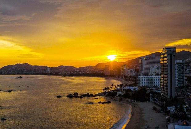 Destinos perfectos en México para ir en plan de fiesta - acapulco-1-1024x694