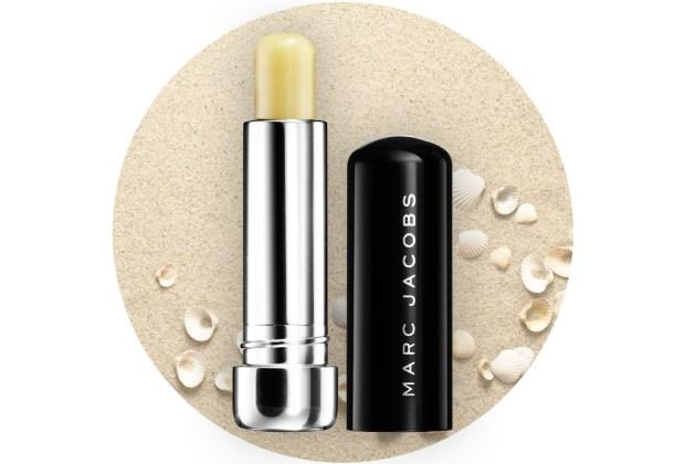 ¡Protege tus labios de los rayos del sol! Usa un lip balm con FPS - marc-jacobs-lip-balm-1024x694