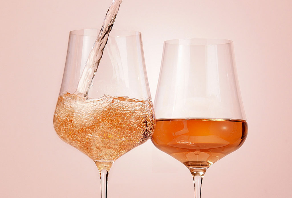Si eres adicto al vino rosado, tienes que unirte a este club - rose-vino-2