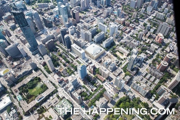 Así se siente sobrevolar Toronto en helicóptero - toronto-helicoptero-2-1024x683