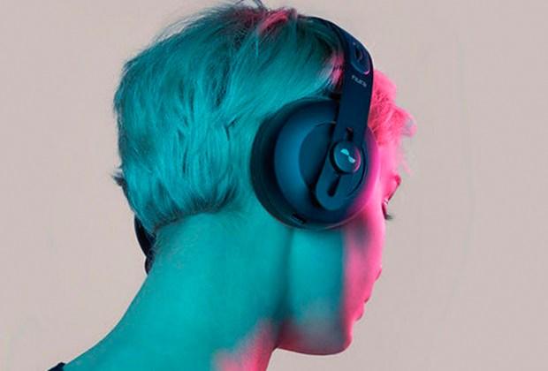 Escucha música personalizada con estos audífonos - nura-1024x694