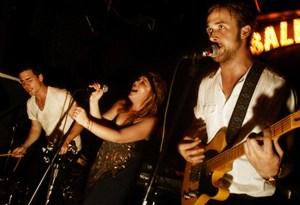 #DiscoDeLaSemana: «Dead Man's Bones», el álbum de terror de Ryan Gosling que no conocías
