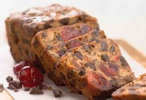 Festeja Thanksgiving con este delicioso fruit cake sin gluten