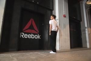 Es momento de empoderarte con la colección de Reebok y Victoria Beckham