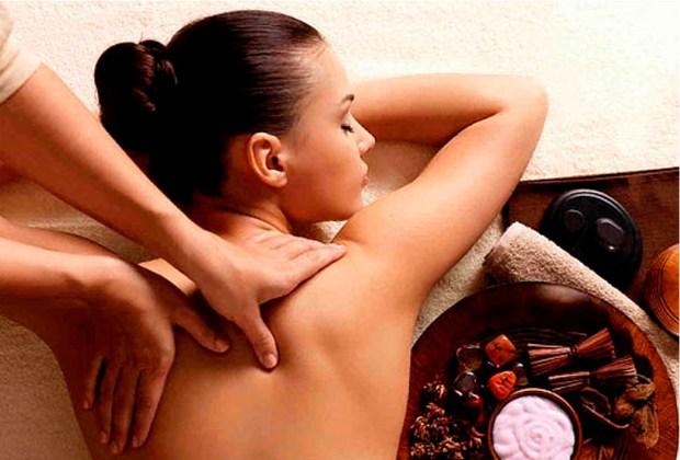 Estos son los beneficios de un masaje holístico - suencc83o-1024x694