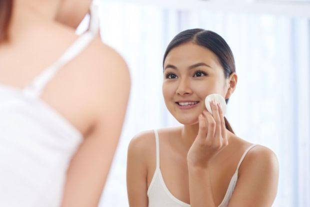Diferentes maneras de usar el aceite de coco en tu rutina de belleza - desma-1024x683