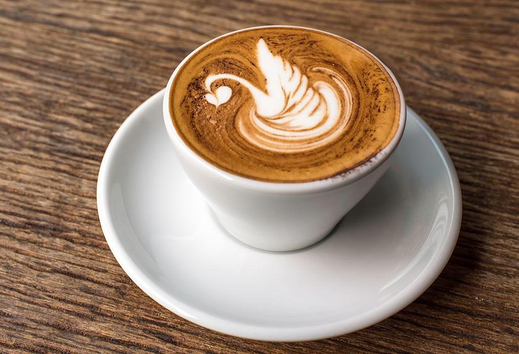 Snacks saludables que te ayudarán a seguir con la dieta - latte