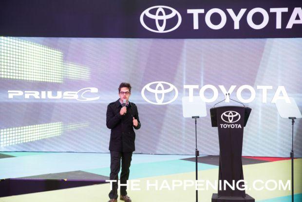 Toyota le da la bienvenida a dos innovadores modelos: PriusC y C-HR - roberto-flores