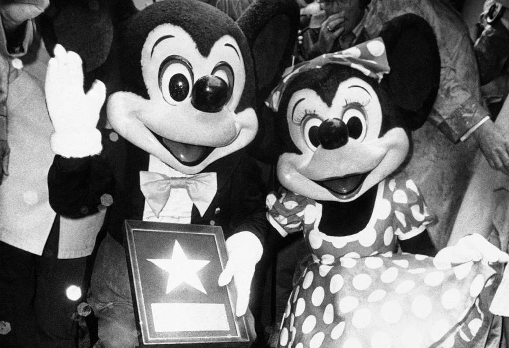 Personajes de Disney que tienen una estrella en el Paseo de la Fama - star8