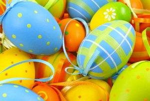 ¡Inspírate con nuestro board de Pinterest para decorar huevos de Pascua!