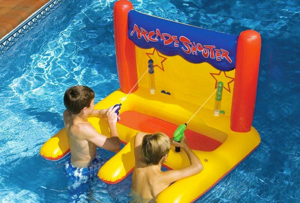 Los juguetes más cool para la alberca o la playa - juguetes_alberca_1