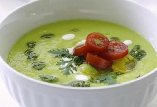¿Sopa fría? Prepara esta receta de aguacate con queso - sopaaguacatequeso-300x203