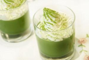 Una original forma de disfrutar un té matcha: ¡En gelatina!