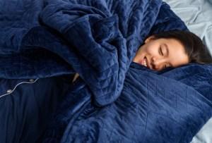 Gravity Blanket: la cobija que te hará dormir como un bebé