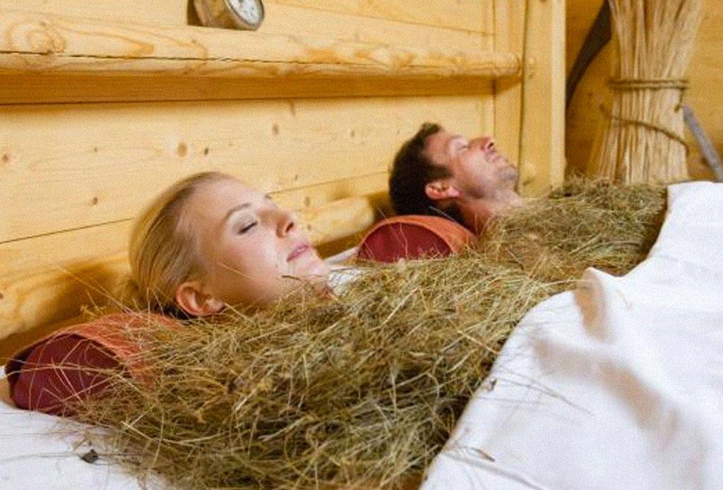 Los baños de heno son la tendencia en tratamientos de spa - tratamiento-paja-spa-2
