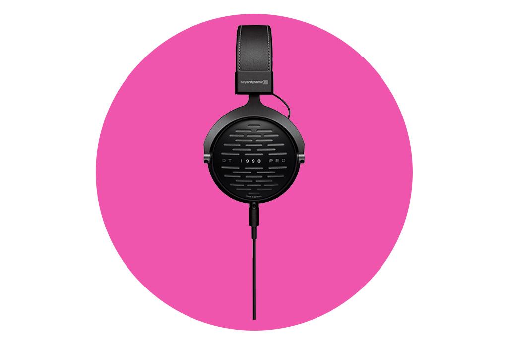 7 audífonos 'over ear' ideales para viajar - audifonos1