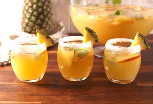 3 recetas de cócteles que puedes preparar en un brunch casero - recetas-cocteles-brunch-1-300x203