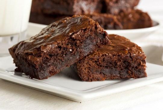 ¡Tenemos varios tips para perfeccionar tus brownies! - tips-perfeccionar-mejorar-brownies-9-300x203