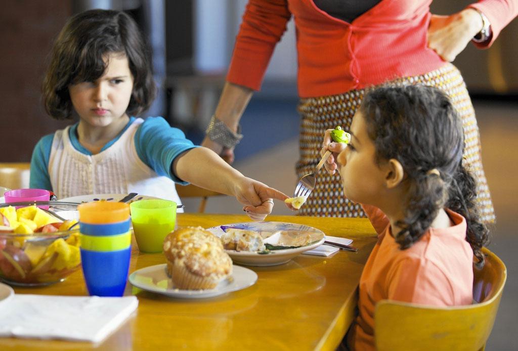 Según un estudio, las familias discuten hasta 49 minutos ¡todos los días! - familia-pelean-estudio-revelo