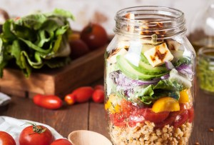 ¿Sin tiempo para preparar tu comida? Estos son algunos programas de alimentación a domicilio
