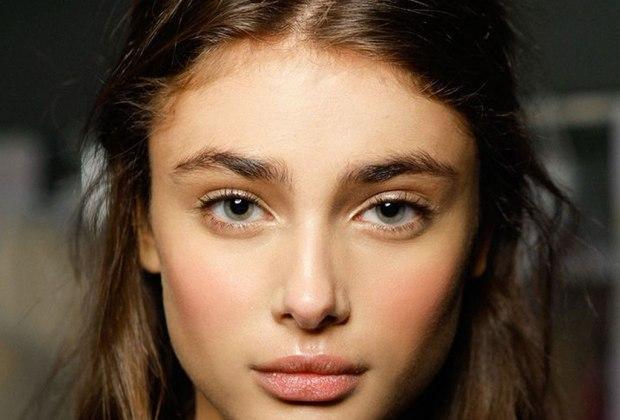 """""""Lion Mane"""", la nueva tendencia de llevar tu cejas despeinadas y al natural - tendencia-cejas-natural-7"""
