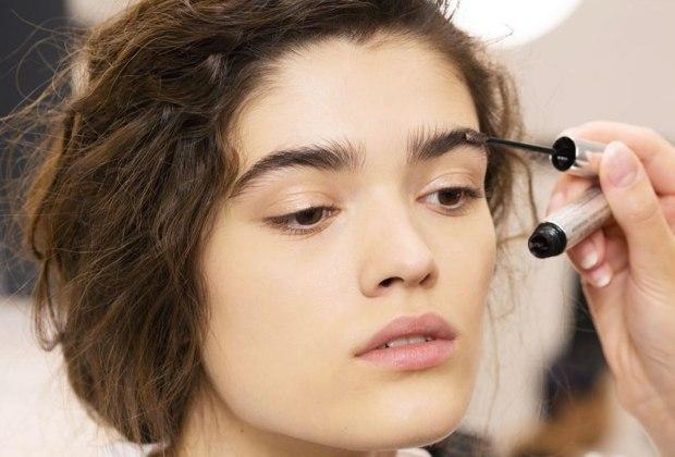 """""""Lion Mane"""", la nueva tendencia de llevar tu cejas despeinadas y al natural - tendencia-cejas-natural"""