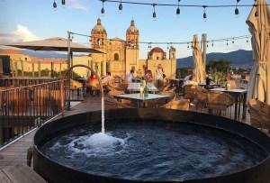 ¿Viajas pronto a Oaxaca? ¡Visita estas 7 terrazas para disfrutar un mezcal!