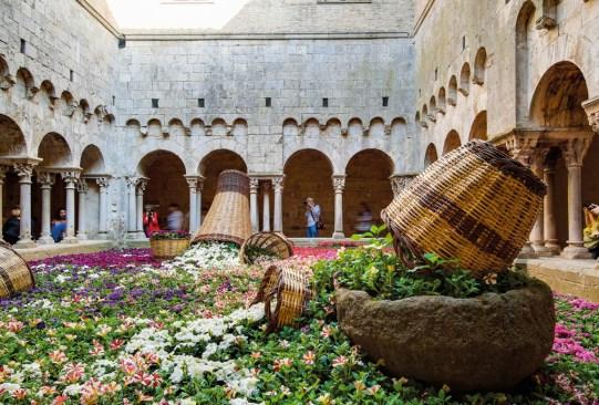 ¡Visita estos festivales de flores alrededor del mundo que te encantarán! - festivales-de-flores-en-el-mundo-3-300x203