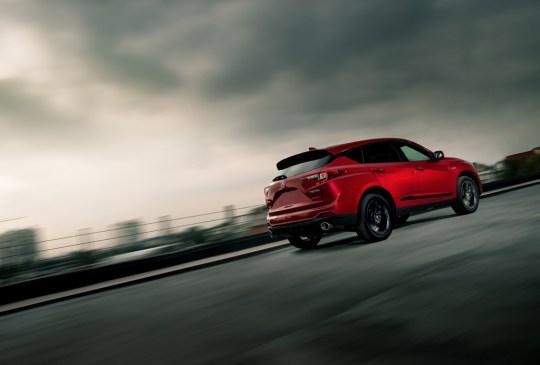 ¿Sabes cuál es la SUV más segura actualmente? - suv-acura-rdx-2019-4-300x203