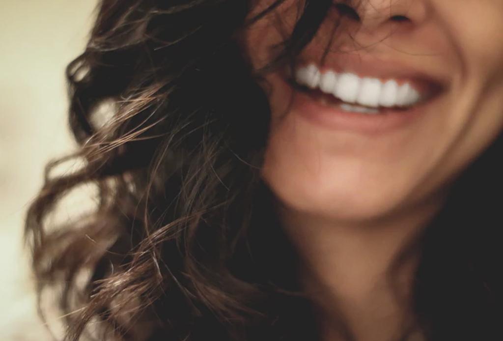 Conoce todo sobre los distintos tipos de blanqueamiento dental que existen