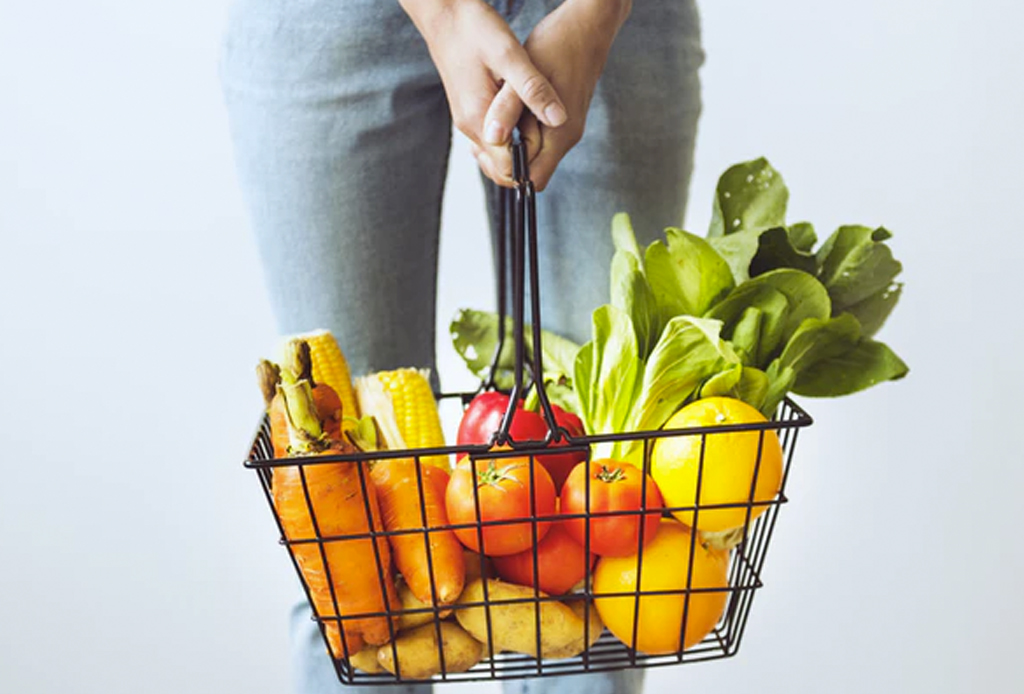 Conoce el método de alimentación intuitiva para mantenerte en tu peso ideal - tips-dejar-de-comer-compulsivamente1-1024x694