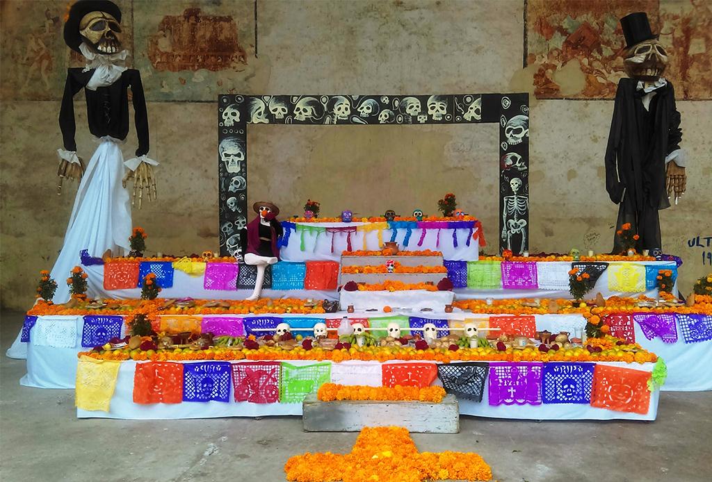 ¿Sabes cómo hacer un altar para el Día de Muertos? - altardemuerto6