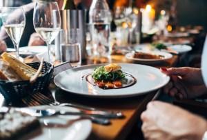 """Maker's Mark y Tequila Tres Generaciones se suman a """"Itacate Tonalá"""" para apoyar a la industria restaurantera"""