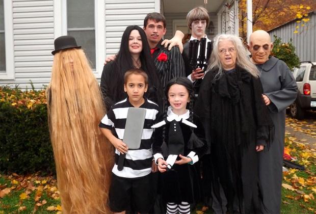 10 ideas de disfraces familiares para las fiestas de Halloween - disfraces5