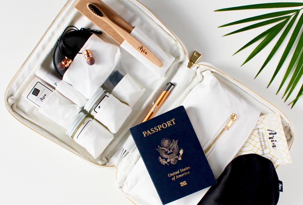 Kits de viaje para hacer tus vuelos más ligeros - kits-de-viaje-5