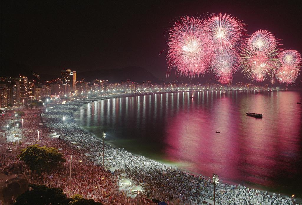 10 ciudades donde la celebración de año nuevo es incomparable - ancc83o-nuevo-rio-de-janeiro