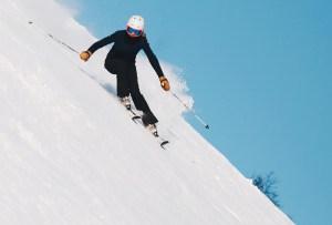 Haz esta rutina de calentamiento antes de esquiar