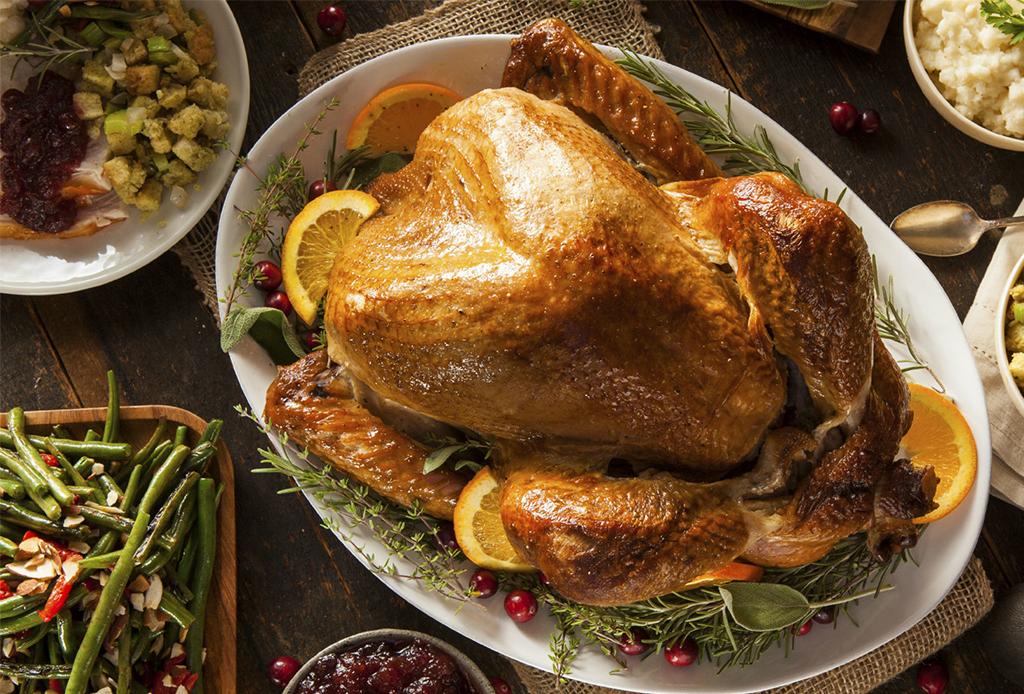 7 restaurantes de la CDMX que ofrecen menú especial de Thanksgiving - cena-thanksgiving-7
