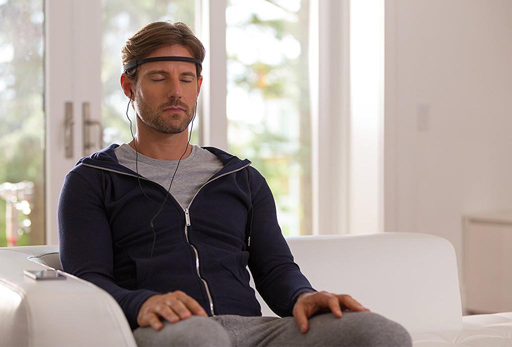 NECESITAS este gadget para mejorar tus sesiones de meditación - muse-meditacion-2