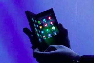 Existe un smartphone que se dobla para convertirse en tablet, ¡conócelo!