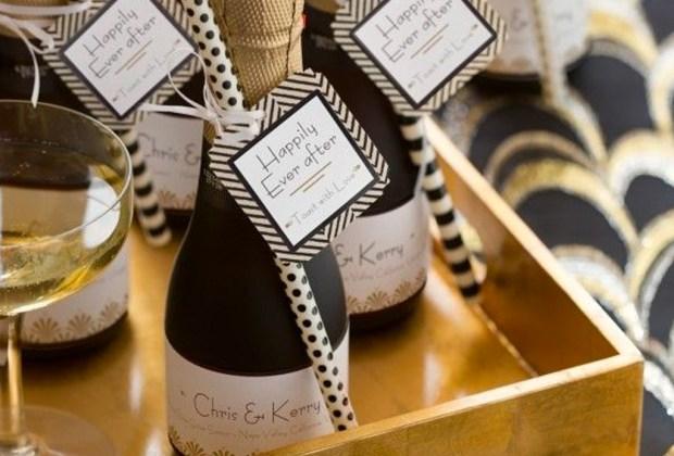 ¡Adiós a los típicos recuerdos de las bodas! Sorprende a tus invitados con estos originales detalles - champagne-1024x694