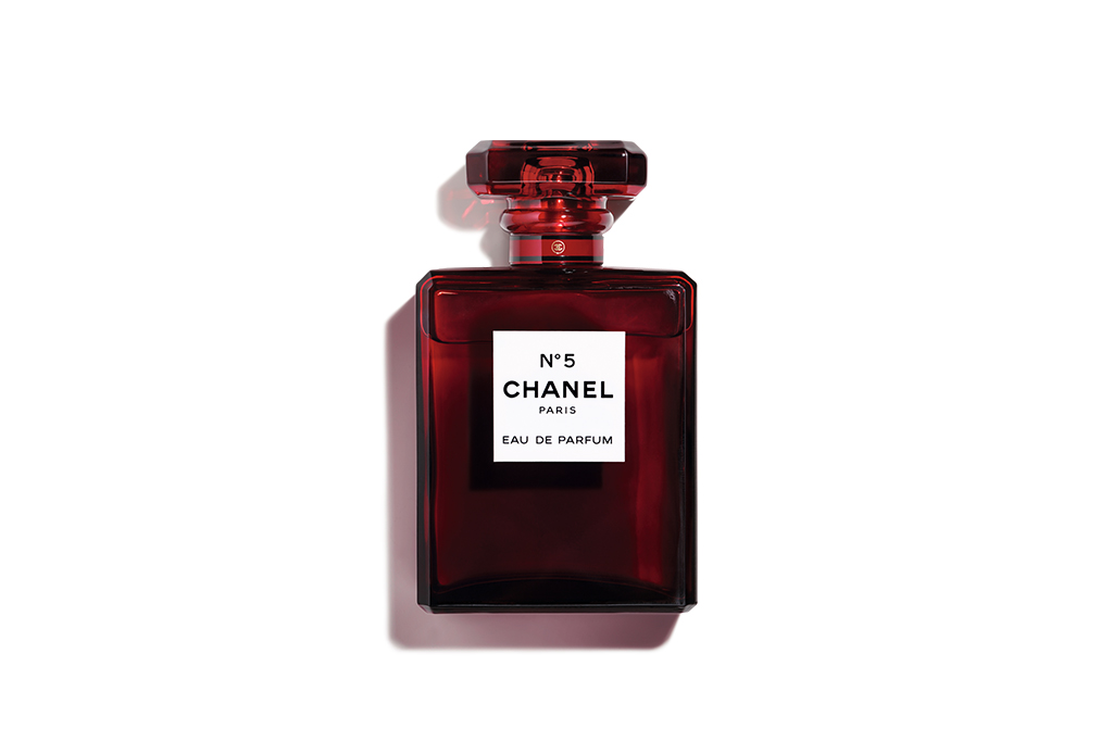 5 razones por las que Chanel Nº5 nunca pasará de moda - chanel-no5-5