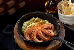 Ferro es el siguiente spot que debes conocer para disfrutar comida mediterránea