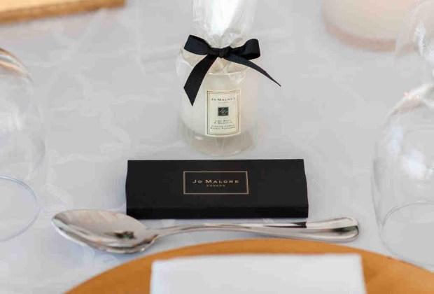 ¡Adiós a los típicos recuerdos de las bodas! Sorprende a tus invitados con estos originales detalles - velas2-1024x694