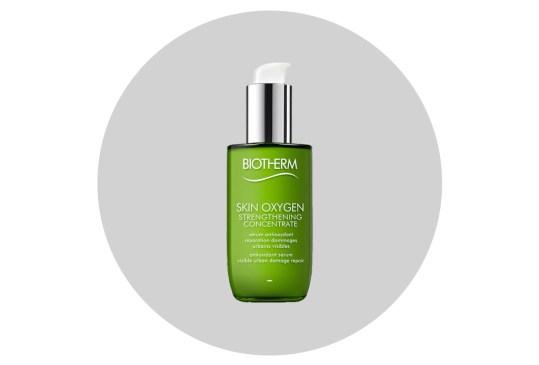 Cuida tu cara de la contaminación ambiental con estos productos - biotherm-strengthening-concentrate-skin-oxygen-300x203