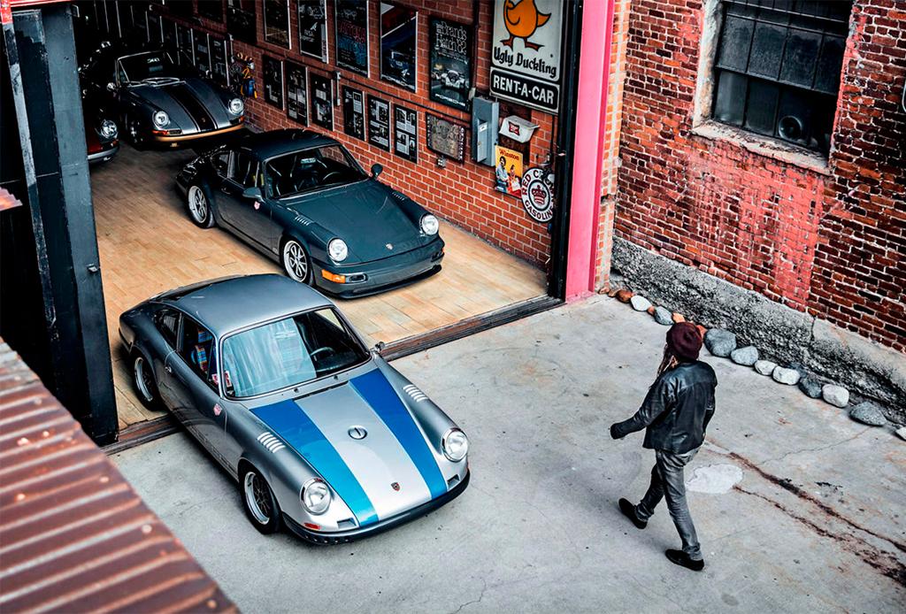 Él es poseedor de una increíble colección de Porsche - coleccion-porsche-1