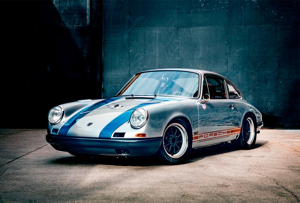 Él es poseedor de una increíble colección de Porsche - coleccion-porsche-2