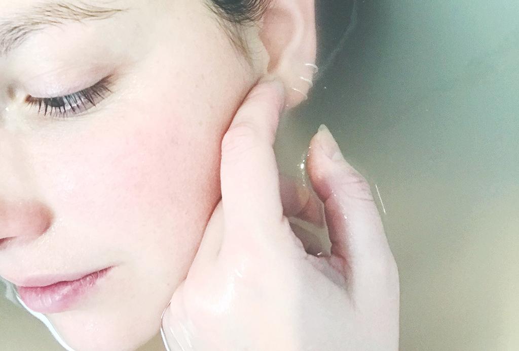 Esto es lo que realmente le pasa a tu piel cuando consumes alcohol - piel-alcohol-5