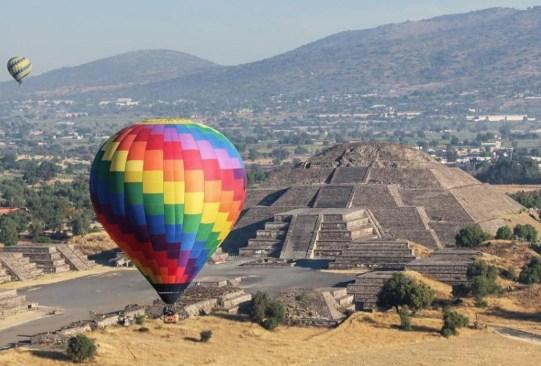 Lugares para volar en globo aerostático en México - vuelo-en-globo-teotihuacan-300x203