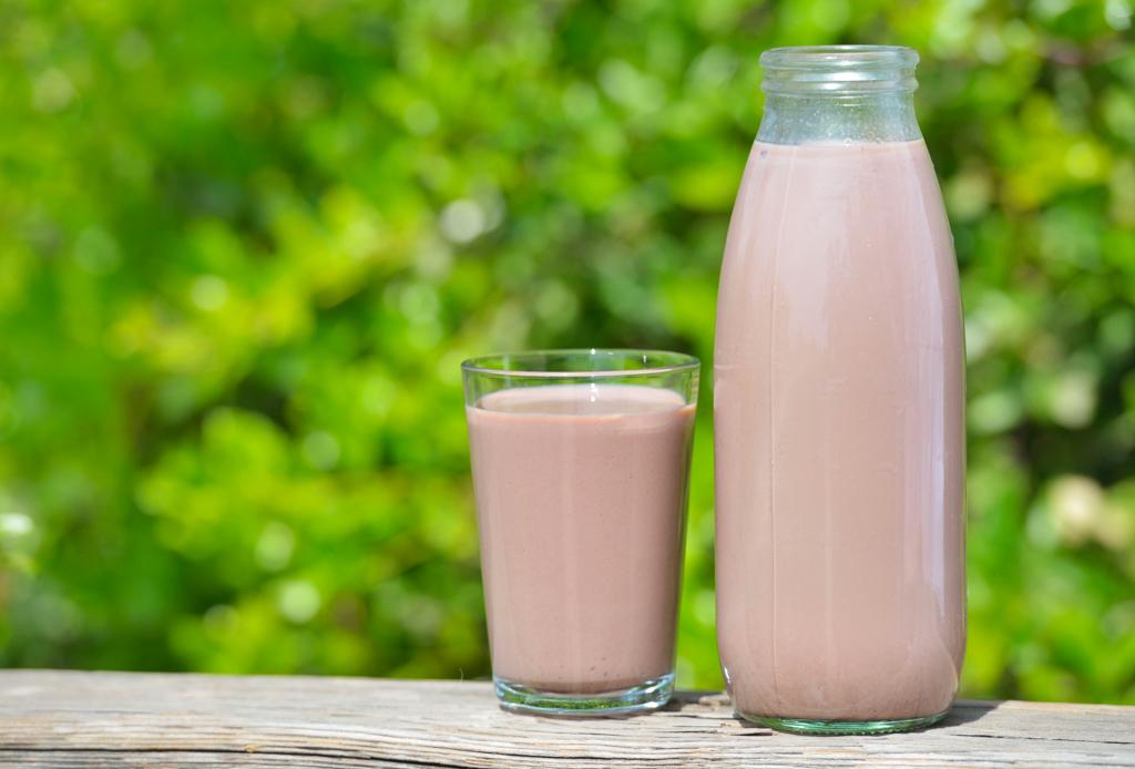 5 bebidas para rehidratarte después de hacer ejercicio que no son agua - bebidas-rehidratantes-2